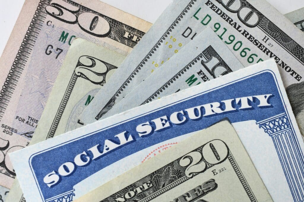 social security administration card with cash savings